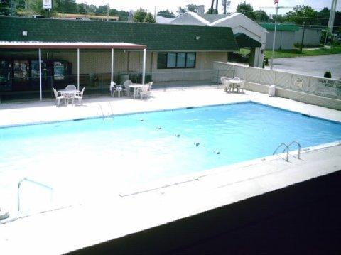 фото Americas Best Inns-Clarksville 488896955