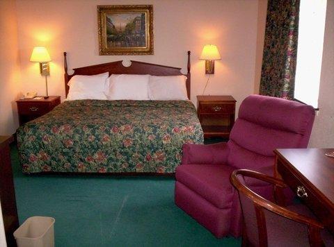фото Western Inn & Suites Hampton 488897257
