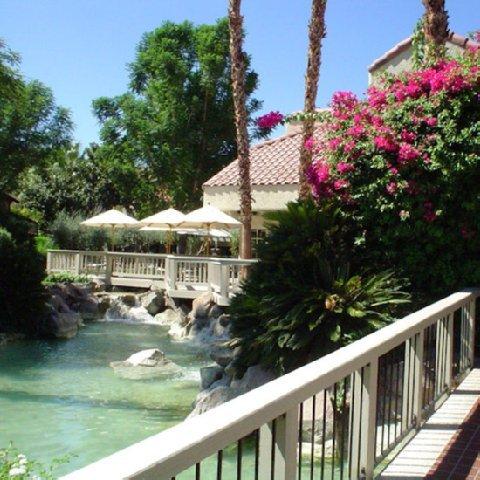 фото The Oasis Resort 488898128