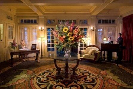 фото Columbia Gorge Hotel 488899340
