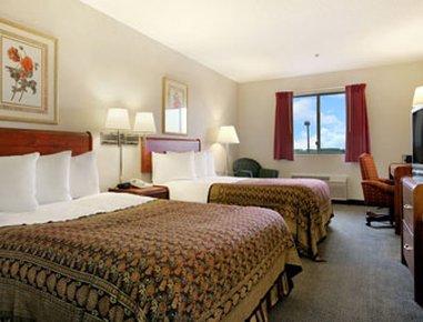 фото Baymont Inn & Suites Rochelle 488899370