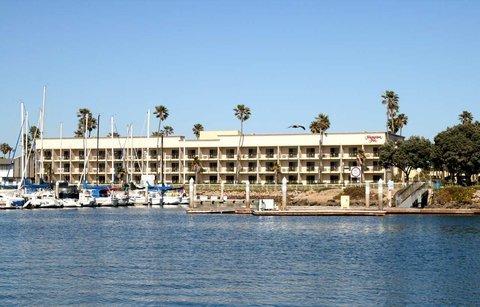 фото Hampton Inn Channel Islands Harbor/Oxnard 488900448