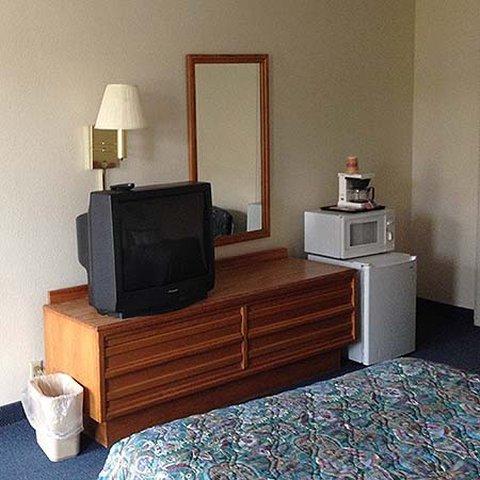 фото Magnuson Hotel South Hill 488900495