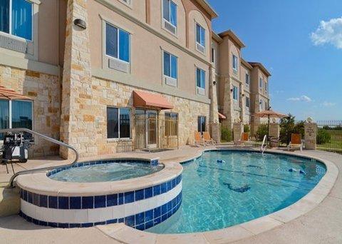 фото Comfort Inn & Suites Alvarado 488902784