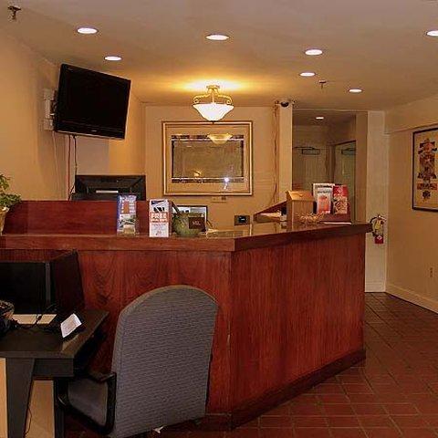 фото West Hartford Inn 488906177
