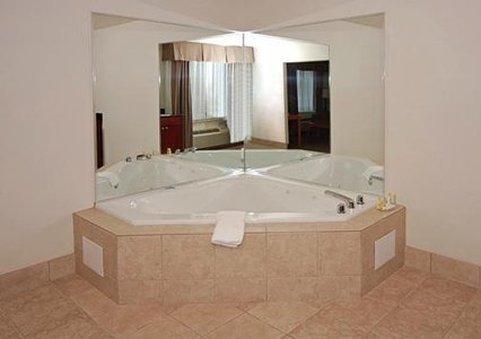 фото Quality Inn & Suites 488907942