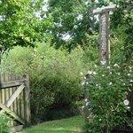 фото Victoria Inn & Gardens 515486652