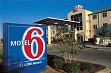фото Motel 6 Dallas Northeast 516553096