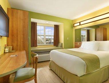 фото Microtel Inn & Suites by Wyndham 516595996