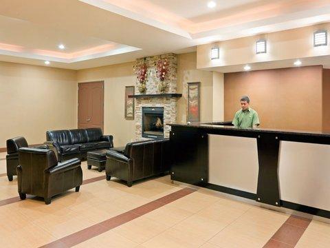 фото La Quinta Inn West Long Branch 516732388