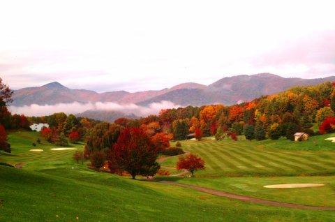 фото Waynesville Inn Golf Resort and Spa 516732693