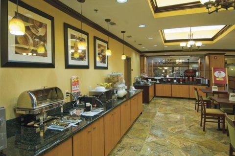 фото Comfort Suites Vicksburg 516733128