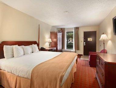 фото Baymont Inn & Suites Florence 516763647