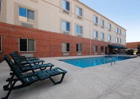 фото Sleep Inn & Suites Danville 516767651