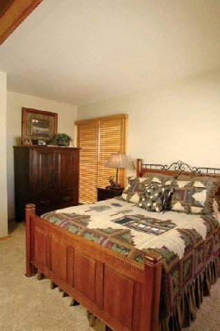 фото Gateway Condominiums 516768696