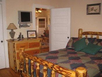 фото Calhoun House Inn & Suites 516903087