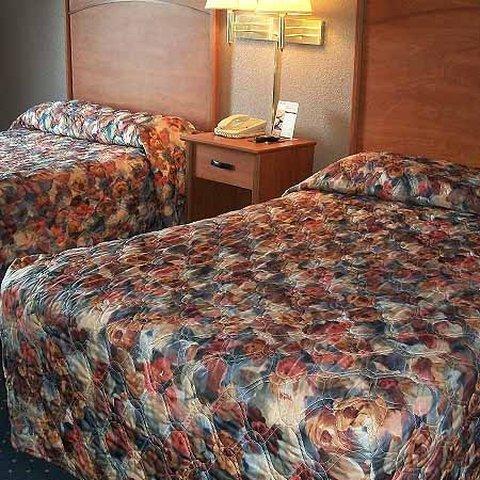фото Magnuson Hotel Detroit Airport 516903120