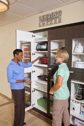 фото Candlewood Suites Denver Northeast - Brighton 516988520