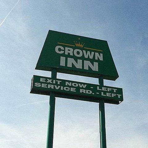 фото Crown Inn Millbury 517075740
