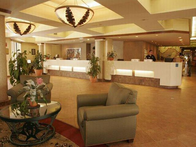 фото Maingate Lakeside Resort 542838466