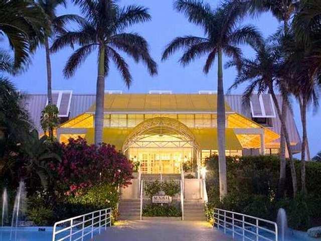 фото Sundial Beach & Golf Resort 542838862