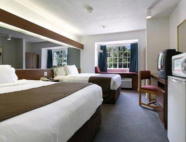 фото Best Western Plus Elizabeth City Inn & Suites 548597160