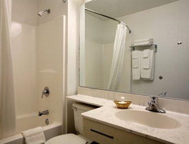 фото Best Western Plus Elizabeth City Inn & Suites 548597162