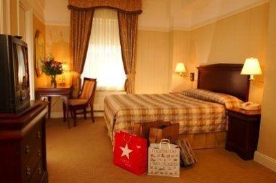 фото Wellington Hotel 587302515