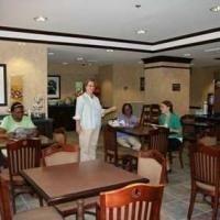 фото Hampton Inn Goldsboro 587317159