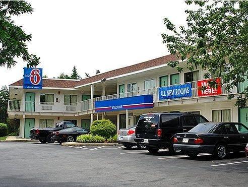 фото Motel 6 Coos Bay 587329680