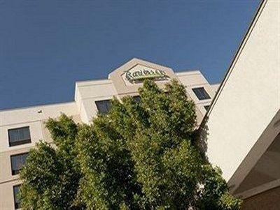 фото Radisson Hotel Phoenix Airport 587340223