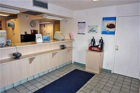 фото Motel 6 Flagstaff Butler Avenue 587387547