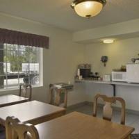 фото Travelodge Suites Macclenny 587439460