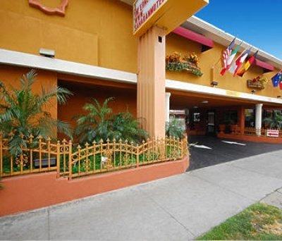 фото Saharan Motor Hotel 595807816
