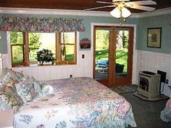 фото High Country Inn 595888674