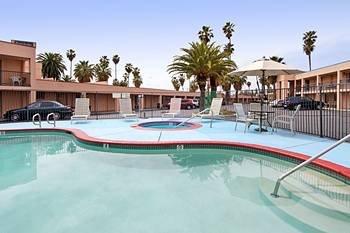 фото Park Lawn Hotel 596477631