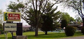 фото 4 Winds Motel 596480540