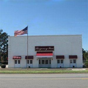 фото Regency Inn Fayetteville/Fort Bragg 596480757