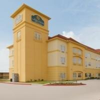 фото La Quinta Inn & Suites Deer Park 596517229