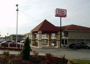 фото Econo Lodge Inn & Suites Near Bricktown 596684147