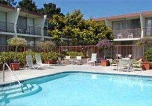 фото Monterey Bay Travelodge 596753591