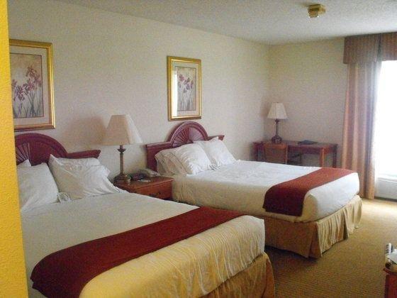 фото Holiday Inn Express Evansville-North 59678137