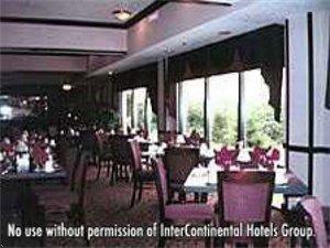 фото Holiday Inn The Crossing 596847357