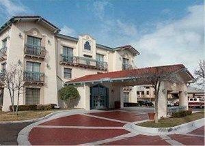 фото La Quinta Medical Center 596850540