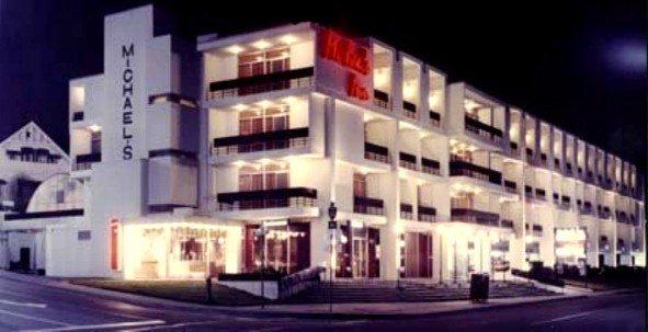 фото Michael`s Inn Fallsview Hotel 596851365