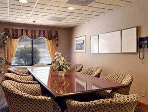 фото La Quinta Inn & Suites Dalton 596862506