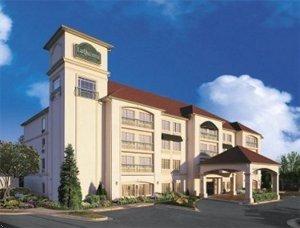 фото La Quinta Inn & Suites Atlanta Stockbridge 596865127