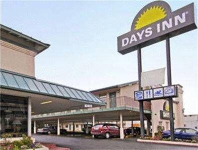 фото Days Inn Austin/University/Downtown 596897915
