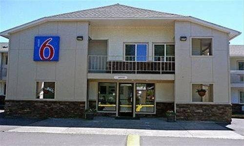 фото Motel 6 McMinnville 596929620