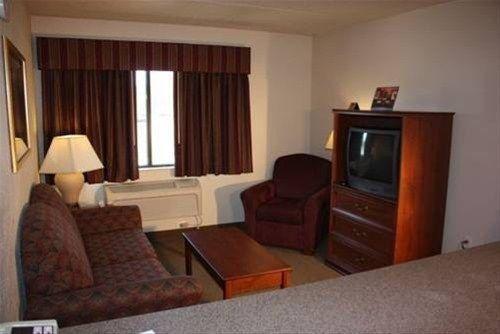 фото AmericInn Hotel & Conference Center Mankato 596935594